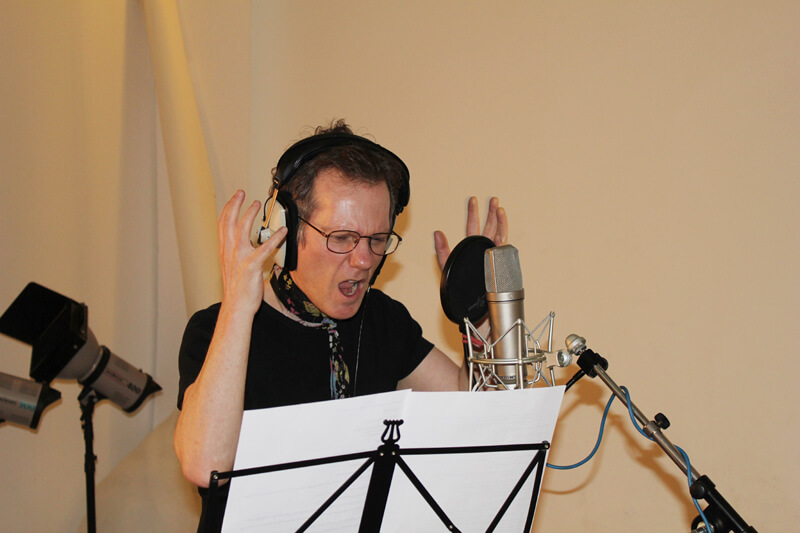 David Ryder Prangley recording Johnny the hamster in audiobook Johnny No Cash by Music Audio Stories